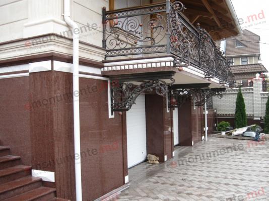 Placi pentru fasade din granit